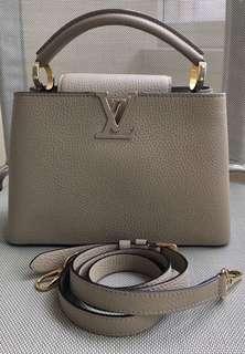 全新Louis Vuitton LV Capucines BB  Galet (Beige 色) 金扣 Leather Handbag Bag 皮手袋包包