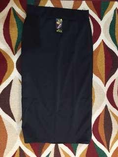 Rok span panjang hitam