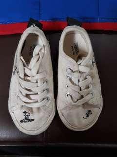 Zara kids (White Snoopy sneakers) authentic