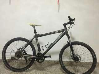 26 Inch Trek 650 Bicycle