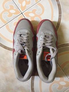 Authentic Nike Air US6