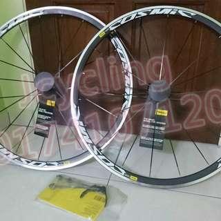 Original MAVIC Cosmic Elite S road wheel set