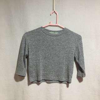 Gray croptop