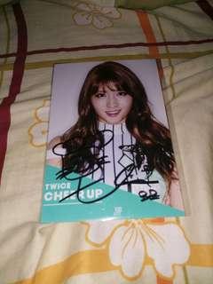TWICE Momo 親筆簽名宣傳照