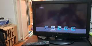 Panasonic Vierra 22 inches LCD TV with stand and Wallmount