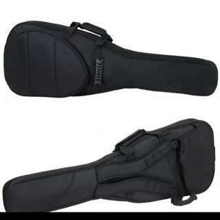 beand new Guitar bass or electric guitar thick padded bag (very good quality)