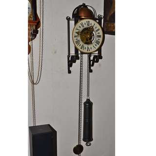 ANTIQUE LARGE & ROBUST SOLID BRASS MECHANICAL WEIGHT DRIVEN PENDULUM WALL CLOCK