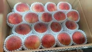 日本🇯🇵🇯🇵直送💯💯頂級👉👉山梨大糖領水蜜桃😍😍一盒18個(5kg)$850 😋😋 九龍區免費送貨.新界及香港區+$100蚊運費👍👍whatsapp91551622