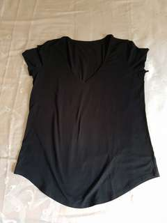 Lululemon Black Love Crew V-neck Tee US Size 8