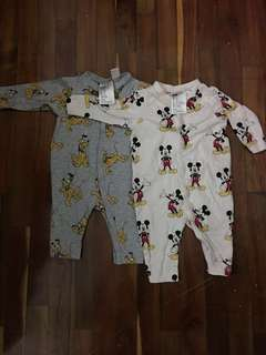 H&M Disney baby clothes baby rompers baby overalls (1-2 months)
