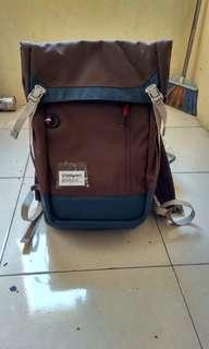 Bodypack turner L backpack, kantong casual laptop