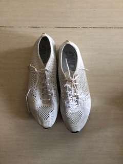 Nike Flyknit Racers Triple White
