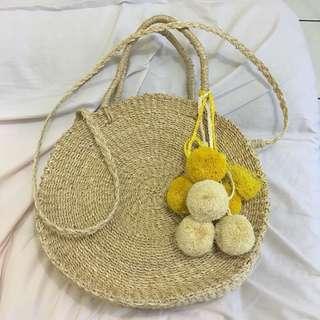 Oversized Raffia Bali Bag with 2 Pompom Bag Charms