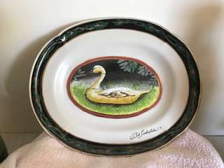 Collectibles china plate hand painted