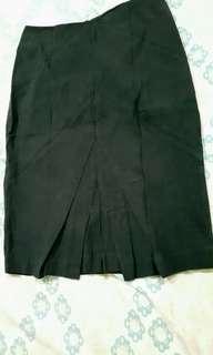 Black Skirt (#043) #maudecay