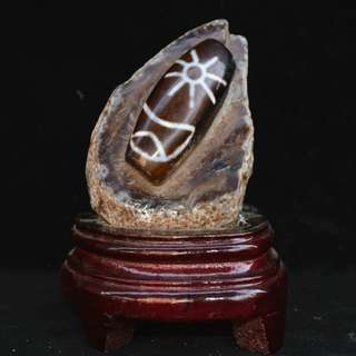 西蔵民間結縁  瑪瑙彫刻  日月紋  天珠  風水開運