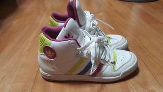 🚚 品牌鞋