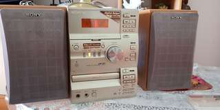 Sony HIFI 17 years old.(Proof of good quality)