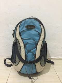 Ransel Deuter size 23L slot laptop