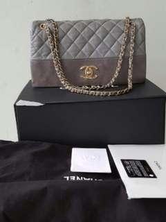 Chanel calfskin grey jumbo