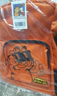 🐾 Garfield Orange School Bag