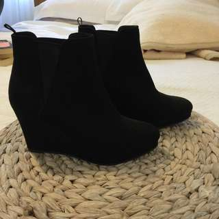 H&M boots (New)