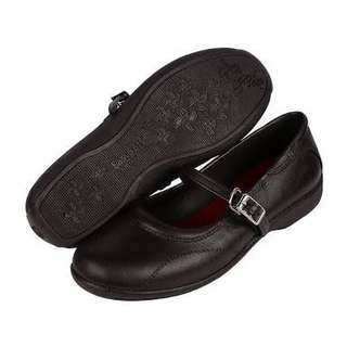 Easy soft black shoes