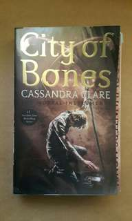 City of Bones by Cassandra Clare (Book 1) The Mortal Instruments