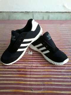 New Sepatu anak adidas white stripes free ongkir