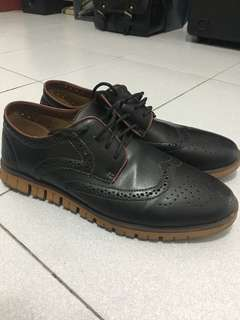 W Brown (cole haan style)