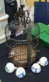 Bird cage and bird cups