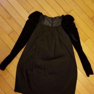 黑色公主袖連身裙
