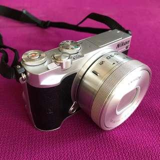 camera mirrorless nikon j1
