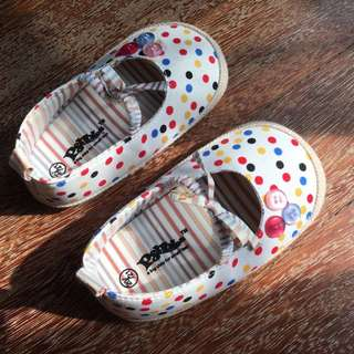 Pebbles shoe for baby girl
