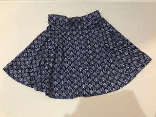 Cotton on pattern mini skirt