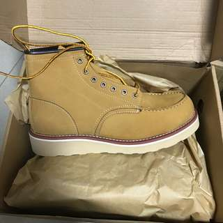Leather boots size eu43 brand new redwing lookalike