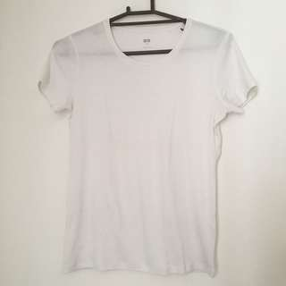 Uniqlo white supima shirt