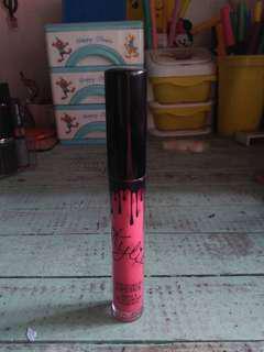 Kylie lipstick (auth)