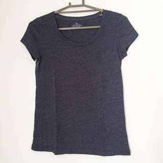Giordano navy blue shirt
