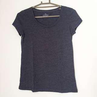 Giordano navy blue shirt
