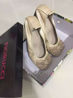 (Reduced)Fiorucci real leather shoes beige
