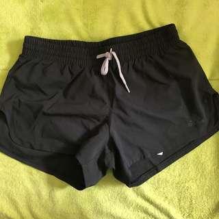 全新➰愛迪達運動短褲