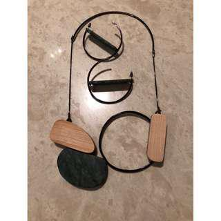 Make a fashion statement - necklace & earring set