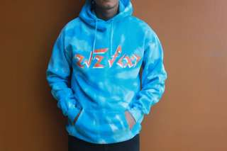 Blue sweater tiedye with hoodie