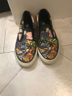 Converse slip-on with cartoon detail