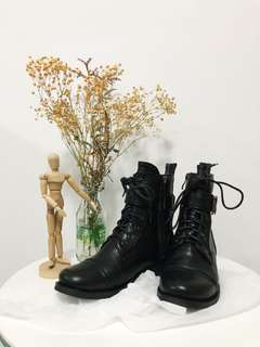 NEW Marco Gianni Boots size 35 / 4.5