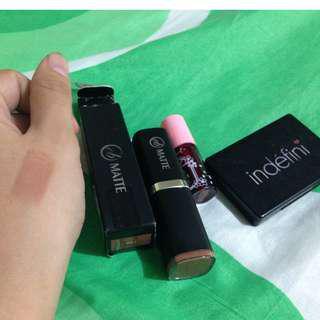 Auth Makeup Bundle