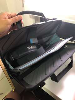 "Thule MacBook Pro 15"" Black bag"