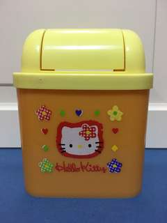 Hello Kitty Mini Dustbin
