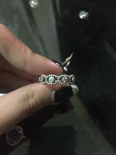 AUTHENTIC PANDORA Her Majesty Ring